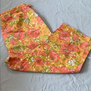 3/$10 EUC Liz Claiborne floral capris